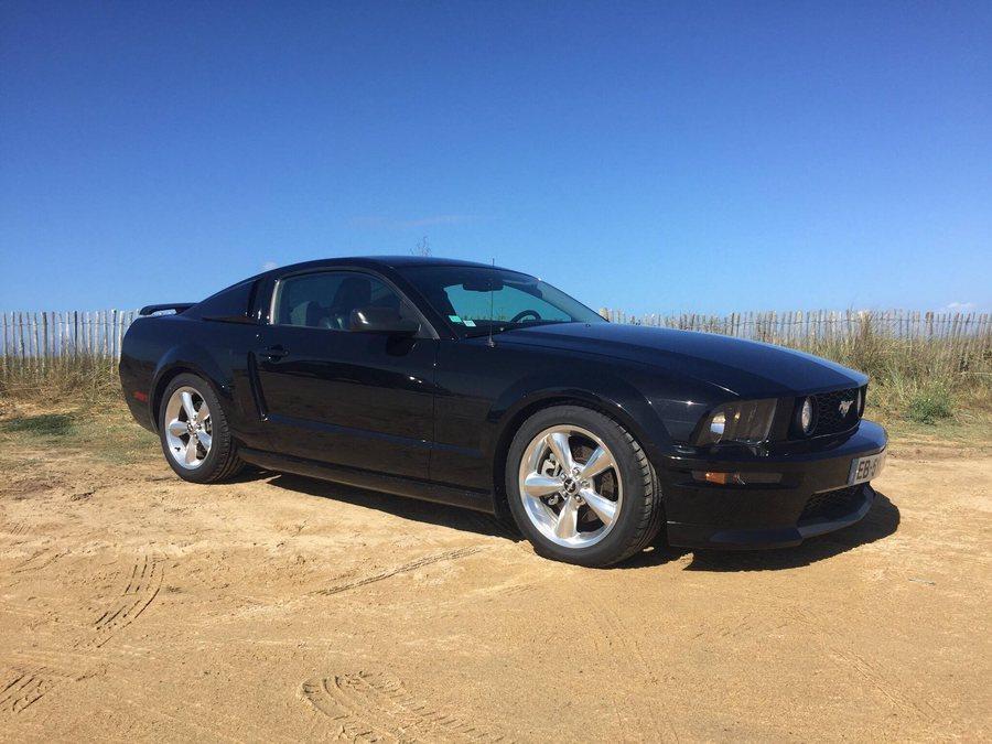 Mustang GT/CS à la mer