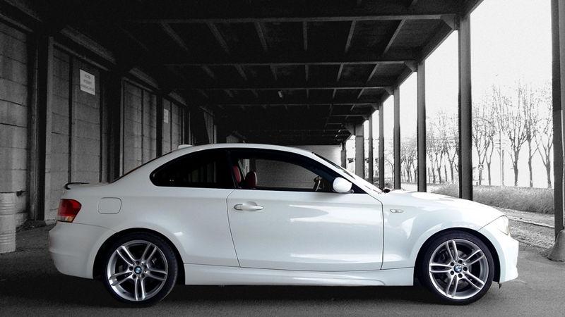 BMW 125i vue de côté