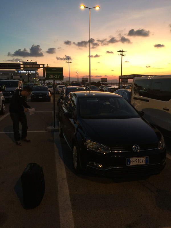 La VW Polo 1.2 TSI de location, lors de l'inspection initiale