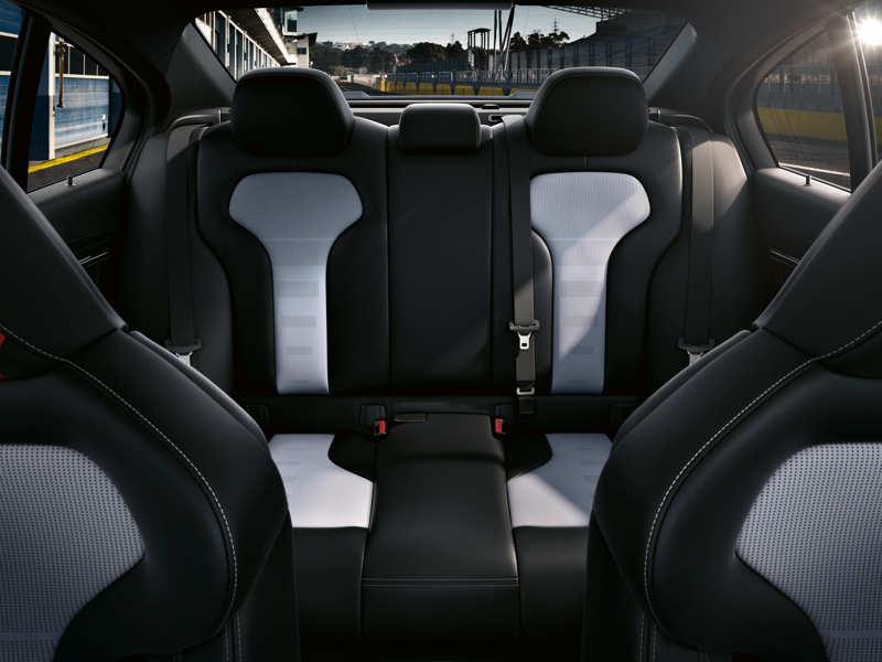 BMW M3 CS Isofix